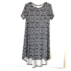 LULAROE Printed short sleeve dress long back sz S
